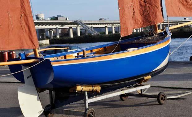 Restauration de vieux bateaux en bois